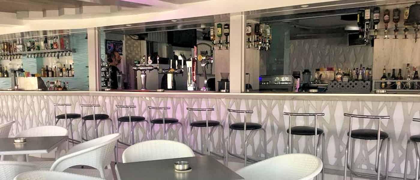 Leonardo Mediterranean Hotels & Resorts - Bell's Cocktail Bar
