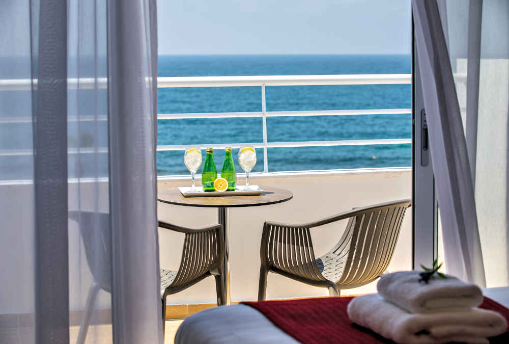 Leonardo Hotels & Resorts Mediterranean - executiveSeaViewSuite_02.jpg